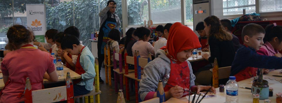 Turkish and Syrian Children Are Discovering Toy Museum