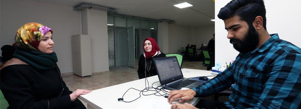 خدمة أخذ مواعيد المشافي في جمعية اللاجئين
