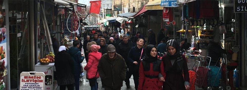 تمديد مهلة المخالفين غير المسجلين في إسطنبول