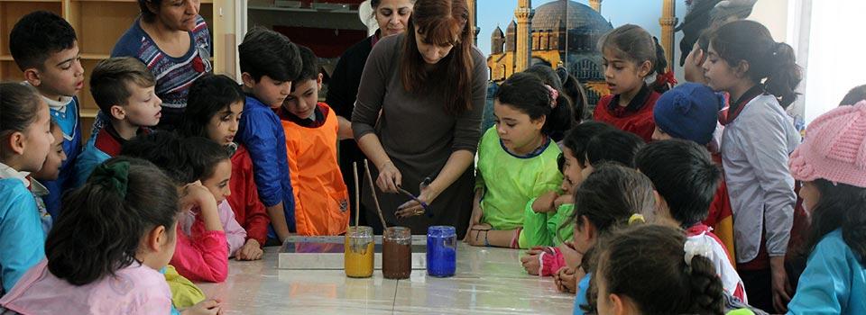 Türk ve Suriyeli Çocuklar Ebru