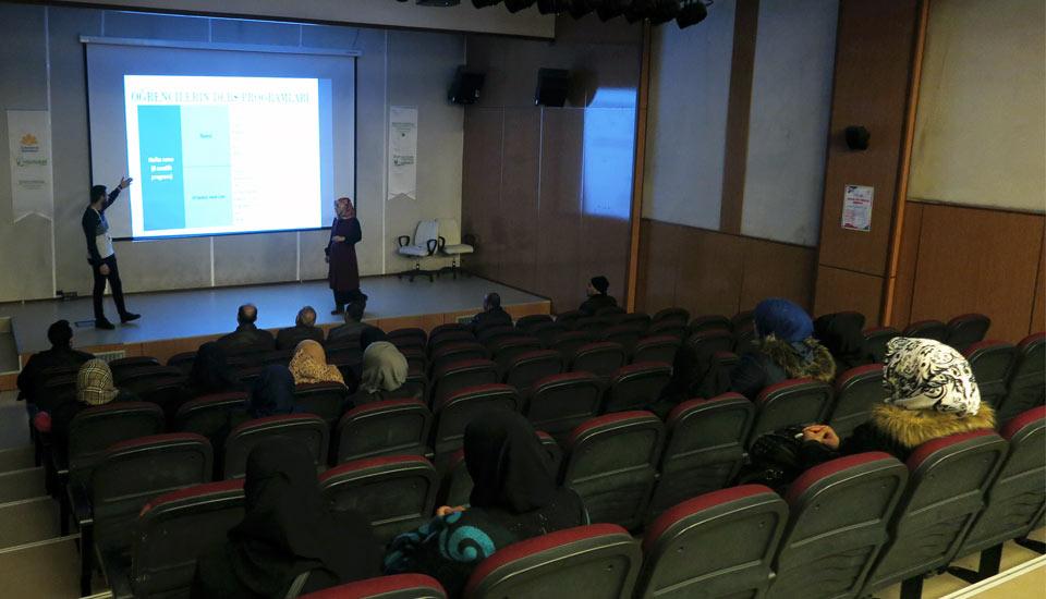 Çocuk ve Gençlik Merkezi Projesi Açılış Toplantısı Yapıldı