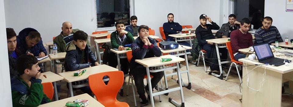 Türkçe Öğrenen Suriyeliler