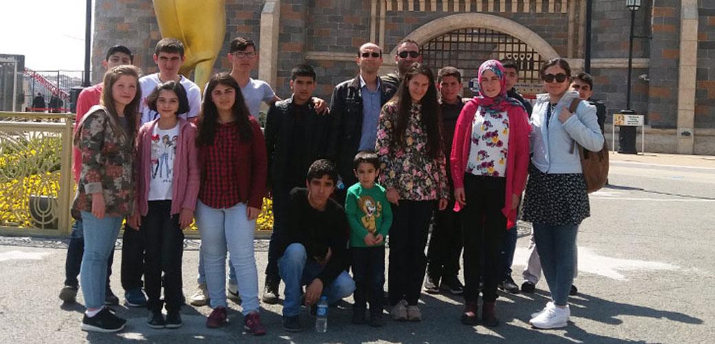Suriyelilerle Vialand Gezisi