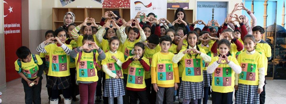 Türk ve Suriyeli Çocuklar