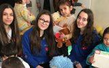 Florya Bisons 6232 Takımı Çocuklara Oyuncak Dağıttı