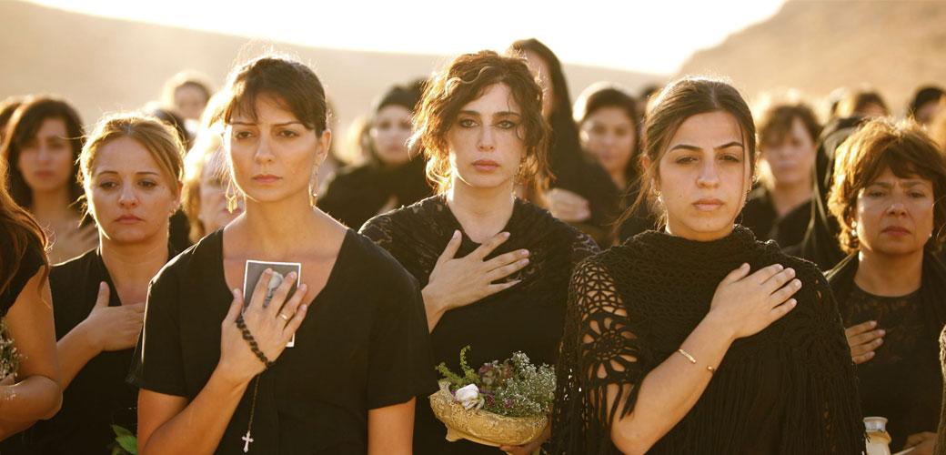 Birlikte-Yaşama-Bir-Kadın-Dayanışması-Örneği-Peki-Şimdi-Nereye-Film-İncelemesi-1